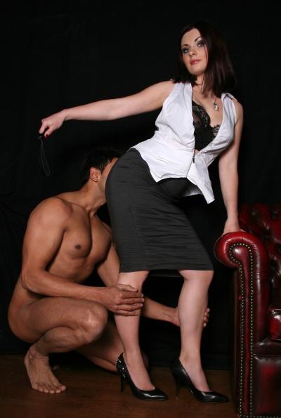 Mistress Heelena's servant